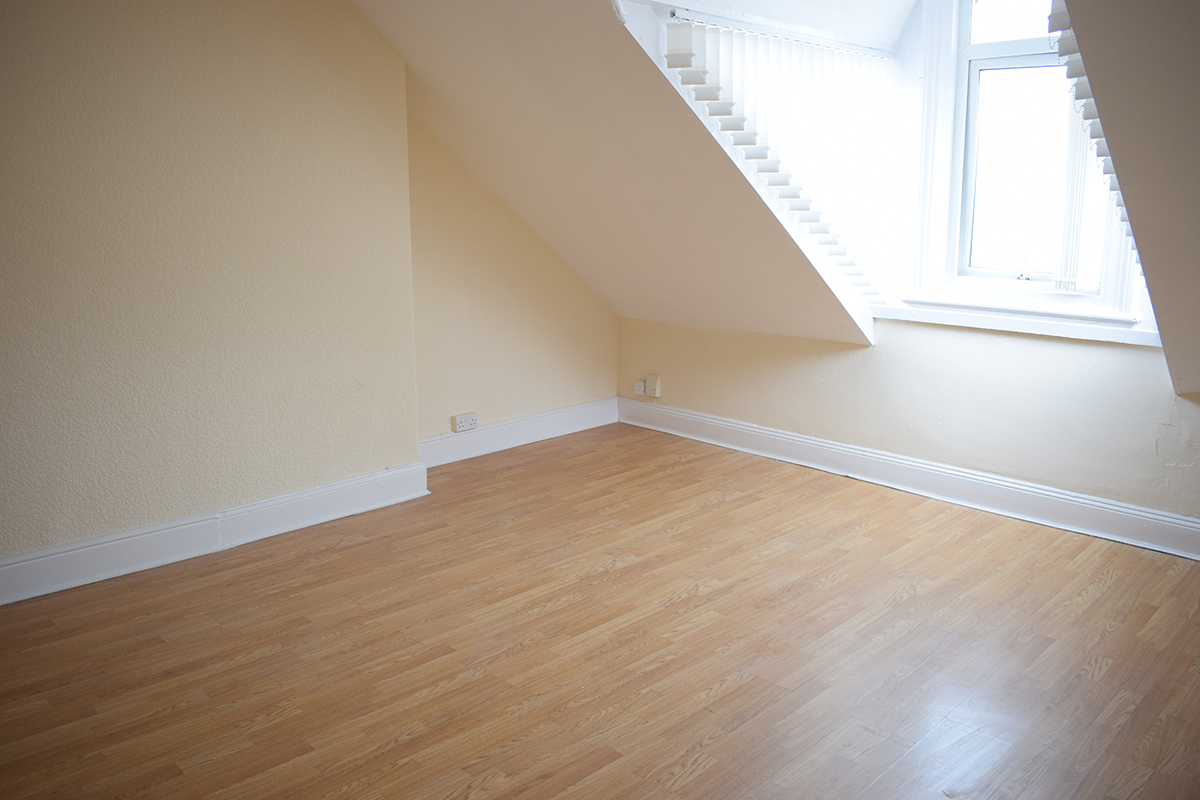 Stockton Road 1 bedroom flat £70 p/w