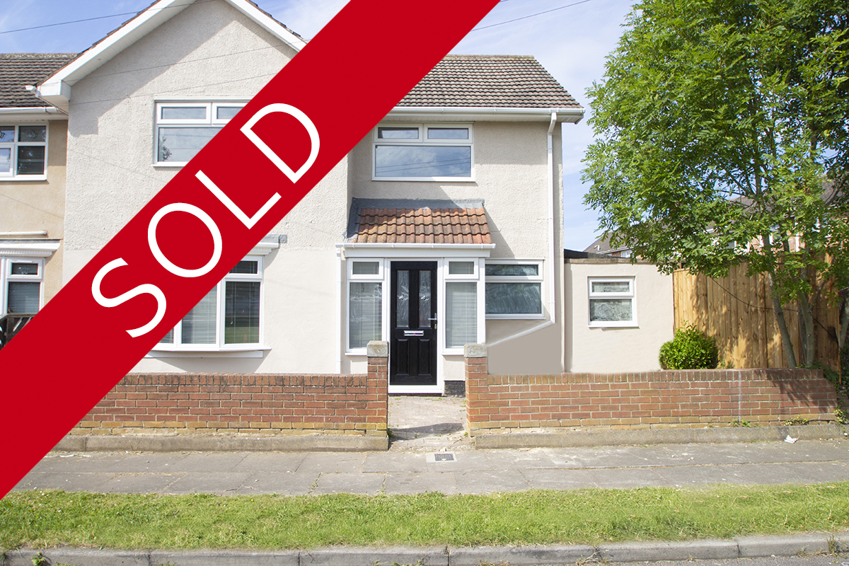 Lennox Walk Owton Manor Hartlepool £97,500 **SSTC**